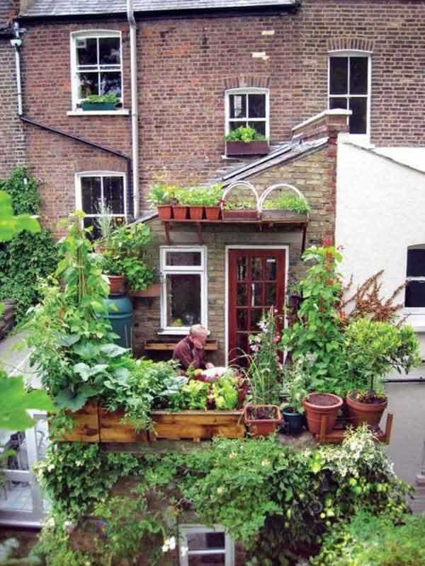 Small-Balcony-Garden-ideas-6