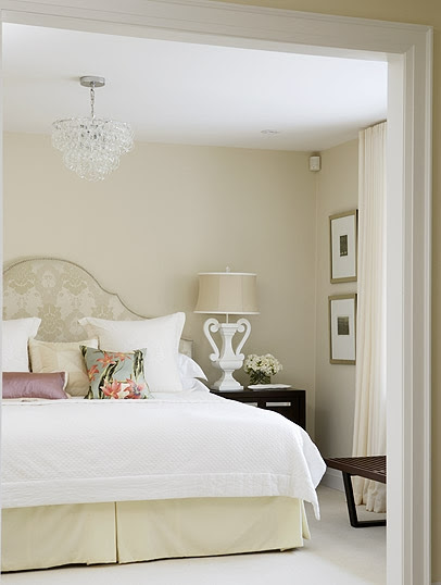 midcentury-family-home-master-bedroom1-image1