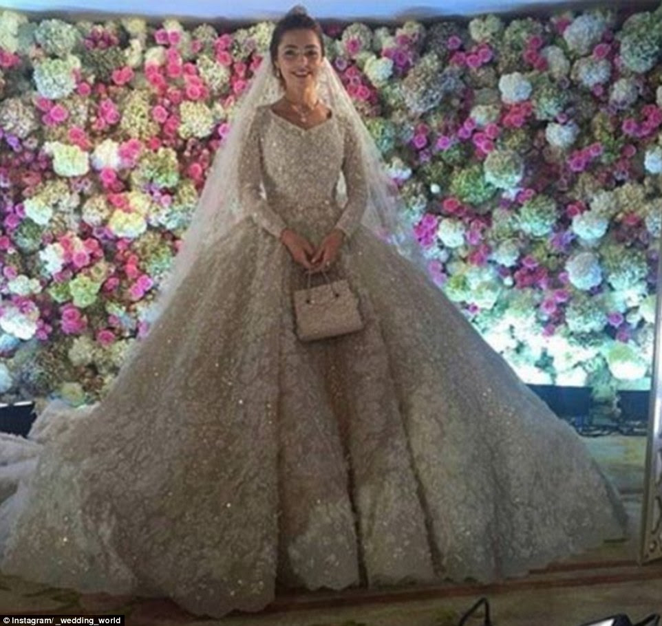 A look into the the $1billion lavish Wedding that took place in Russia (pics)