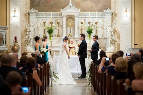 Classic Emerald Green Wedding Ceremony in Washington DC