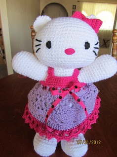 Crochet~ Hello Kitty Doll & Clothes- Free  Pattern