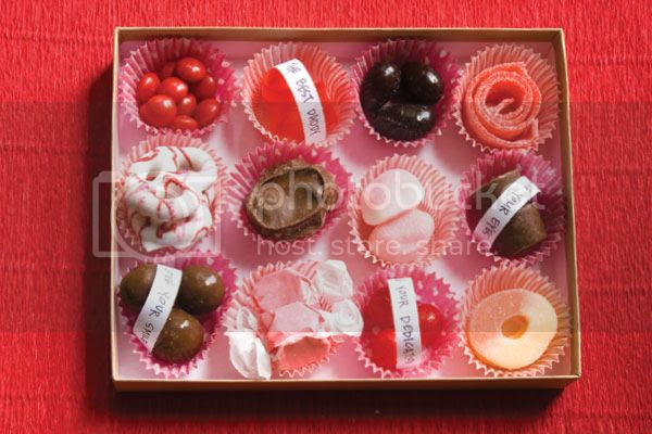 photo valentine-custom-candy-box_zpsa45fa9f6.jpg