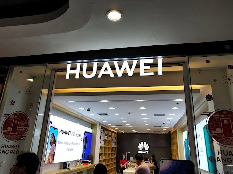 In take a look at case, Huawei sues critics in France for linking it to Chinese language authorities