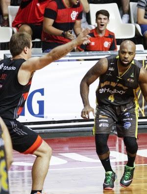 Flamengo x Mogi, basquete NBB 2015 (Foto: RUDY TRINDADE/FRAMEPHOTO/ESTADÃO CONTEÚDO)