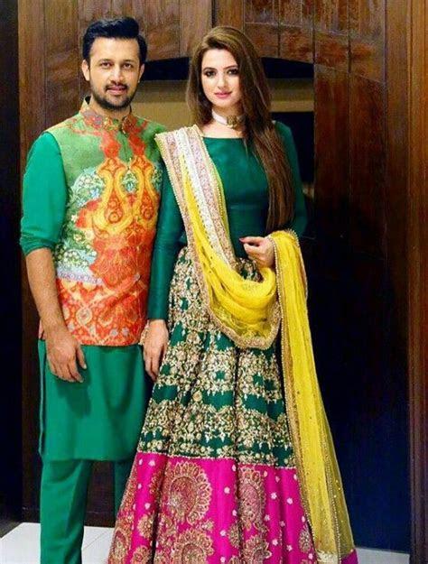 Best & Latest Bridal Mehndi Dresses Designs Collection