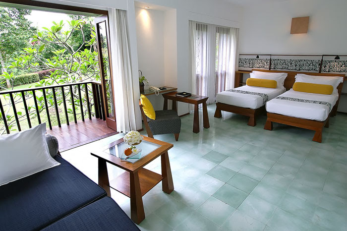 The Indonesian decor is bright and tropical in the individual villas.