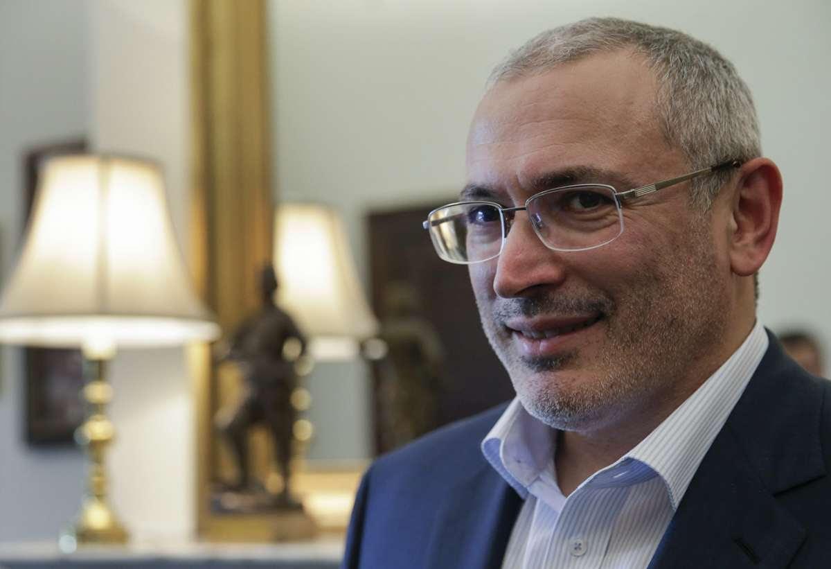 Ходорковский тупо продолжает пытаться организовать оппозицию России