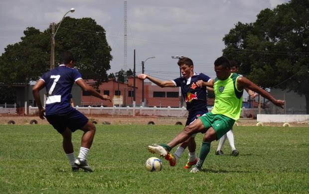 Alecrim venceu seleção de Arês por 4 a 0 em jogo-treino (Foto: Gabriel Peres/Divulgação)
