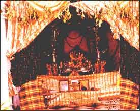 Sri radha mohan Temple