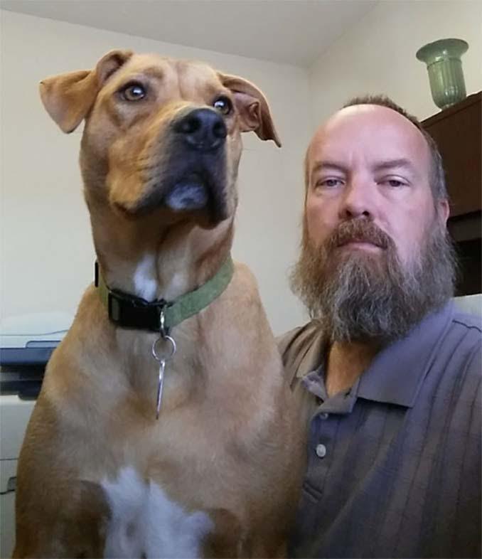 Όταν αυτός ο άνδρας έχασε 22 κιλά, ο σκύλος του δεν τον αναγνώρισε (1)