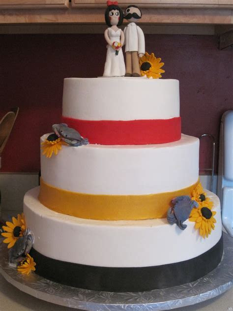 Maryland Themed Wedding Cake   CakeCentral.com
