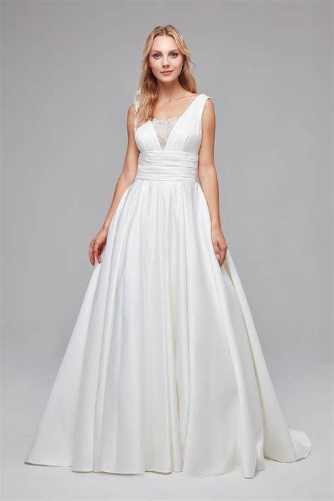 Satin Cummerbund Ball Gown Wedding Dress V3848