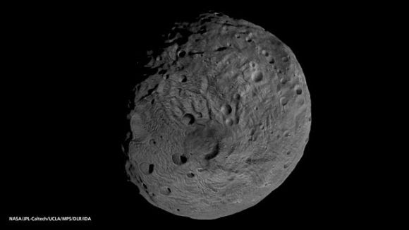 El asteroide 4 Vesta visto por la sonda Dawn (NASA/JPL/Caltech).