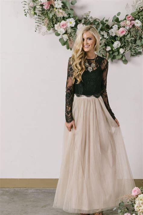 78 Best ideas about Winter Wedding Outfits on Pinterest