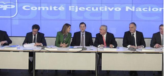 Reunión de la cúpula del PP.