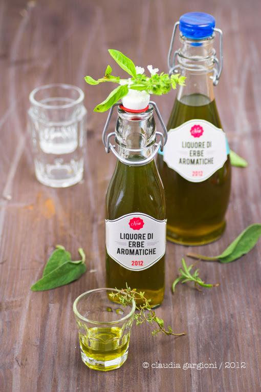 liquore di erbe aromatiche