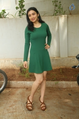 Sakshi Kakkar New Photos - 5 of 26