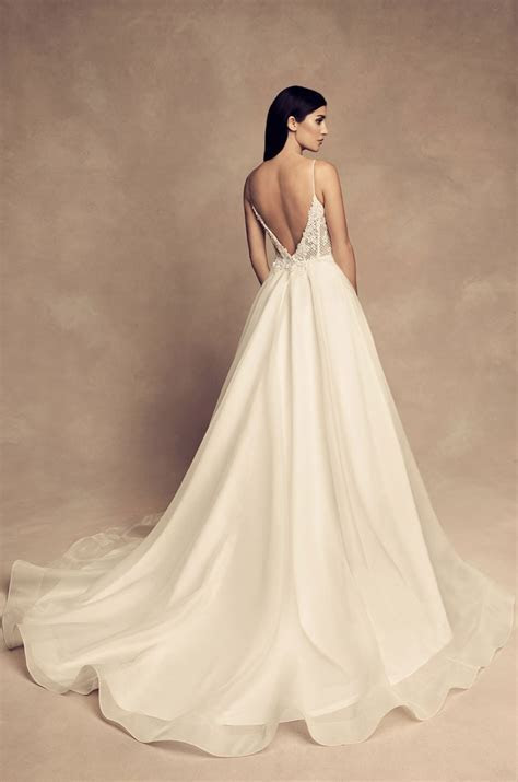 Paloma Blanca Wedding Dresses   Bridal Dress & Wedding Gown