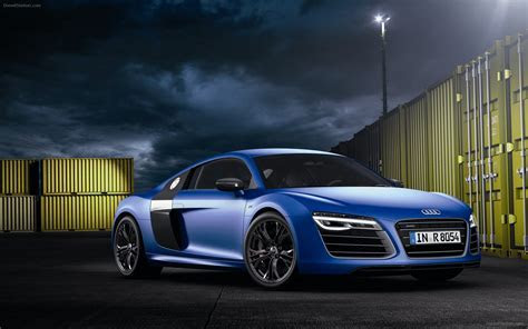 Audi R8 V10 Plus 2013 Widescreen Exotic Car Wallpapers #02 of 38 : Diesel Station