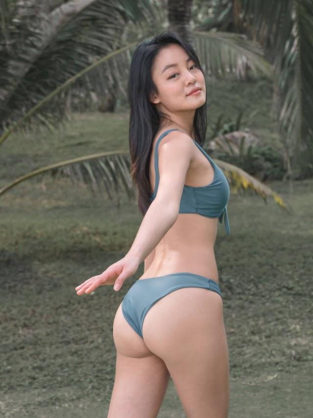 Choi Seok Yeong - Daisy Bikini Set