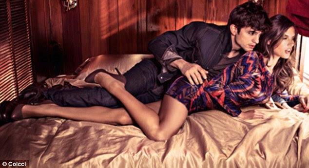Hot stuff!  Ashton Kutcher e Alessandra Ambrosio são vistos acariciando em um novo disparo a partir do Outono / Inverno 2012 campanha para Colcci