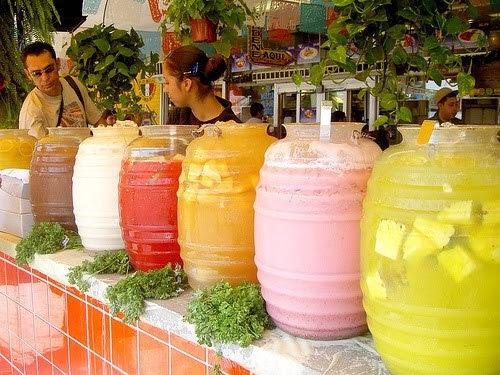 fuckyeahmexico:  Aguas Frescas pa' la calor.  agua de melón, por favor. :D
