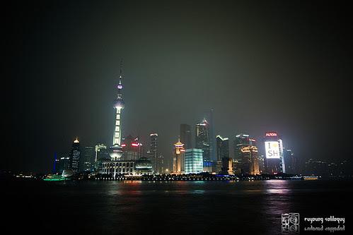 人人都是觀光客系列之三 - 上海外灘望浦東夜景