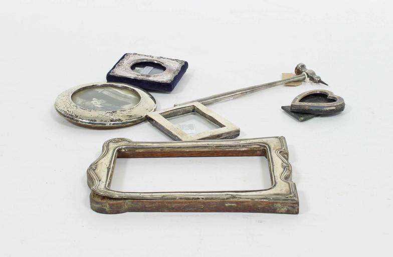 Chorleys A Small Silver Heart Shaped Photograph Frame Birmingham