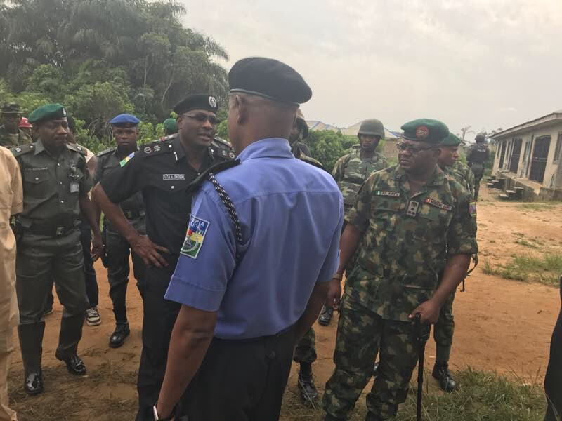 Three soldiers, five policemen shot in Lagos