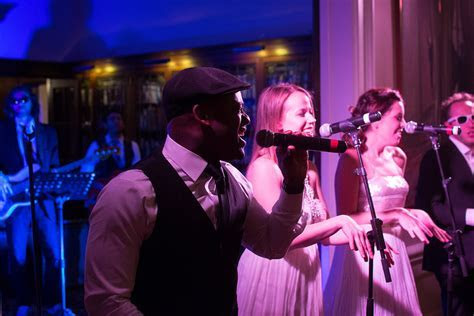 5 Common Myths About Hiring a Live Band for Your Wedding