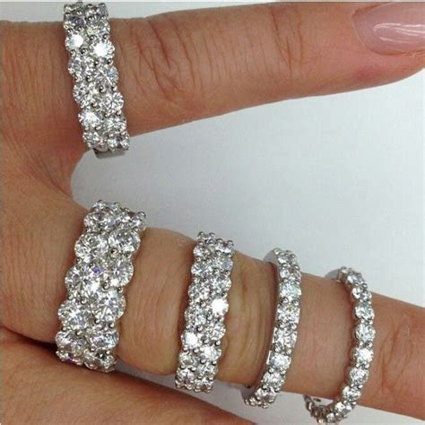 Beautiful different sizes diamond wedding bands ? #Capri #