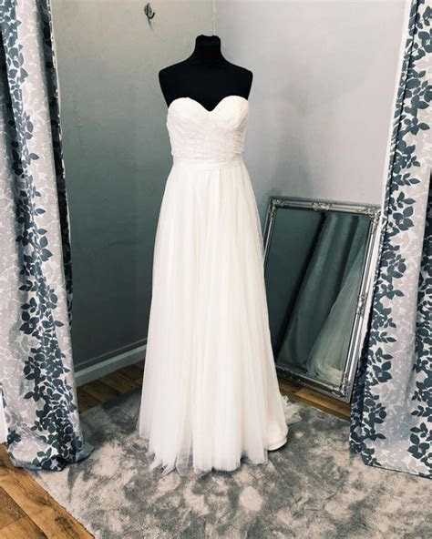 Outlet Stores For Wedding Dresses