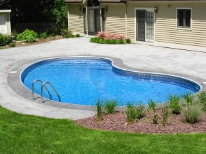 Paradise Pools ♦ Cape Cod Swimming Pool Services