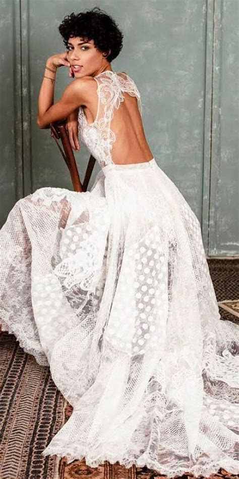 Best 25  Fantasy wedding dresses ideas on Pinterest