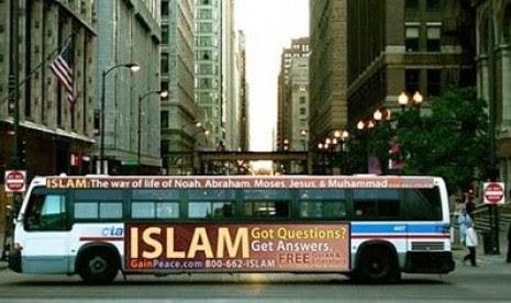 Dari Iklan Bus, Banyak Warga Chicago Memeluk Islam