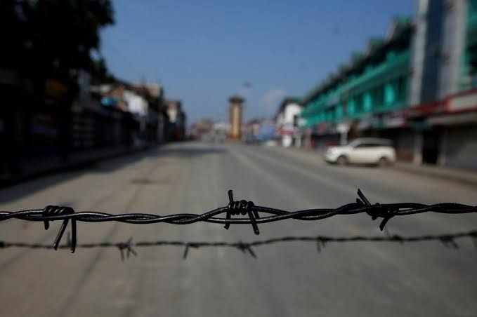 With A Heavy Hand, India Rides Out Kashmir's Year Of Disquiet