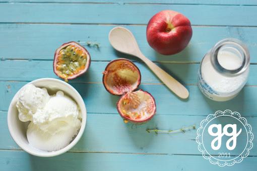 frullato di passion fruit, pesca con gelato alla panna