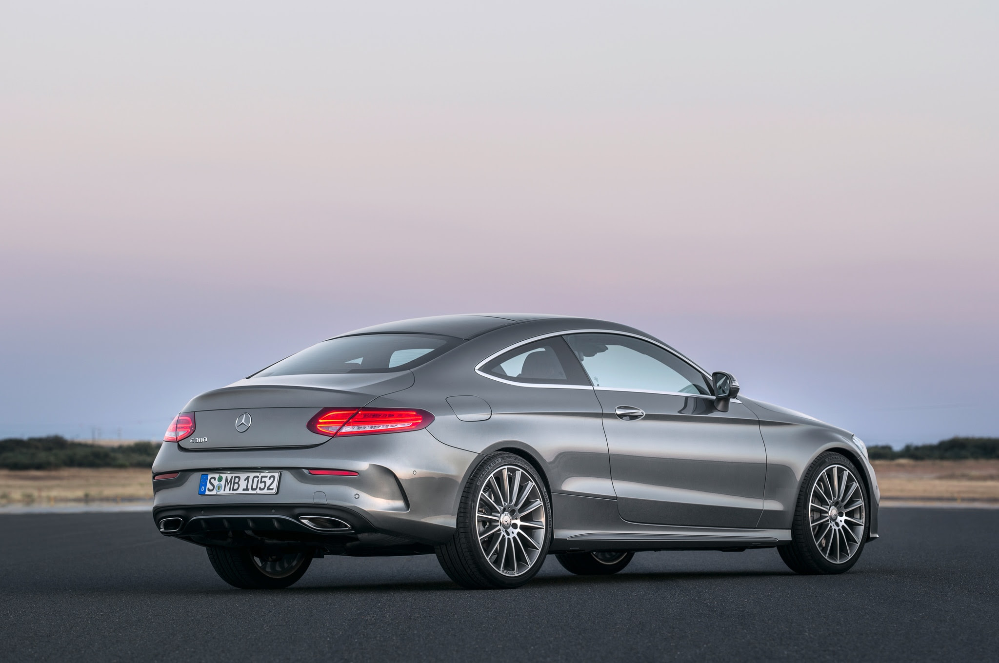 2017 Mercedes-Benz C300 Coupe Debuts with Fabulous Two ...