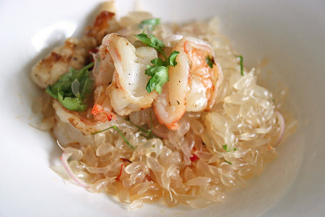 Squid and Prawns with Pomelo Thai-style