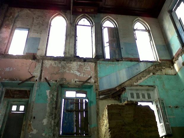 Modificação na proposta original de reforma de palacete motivou suspensão das obras (Foto: Divulgação/Implurb)