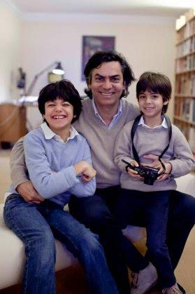 Mainardi e os filhos Tito e Nico Foto divulgação Revista Veja