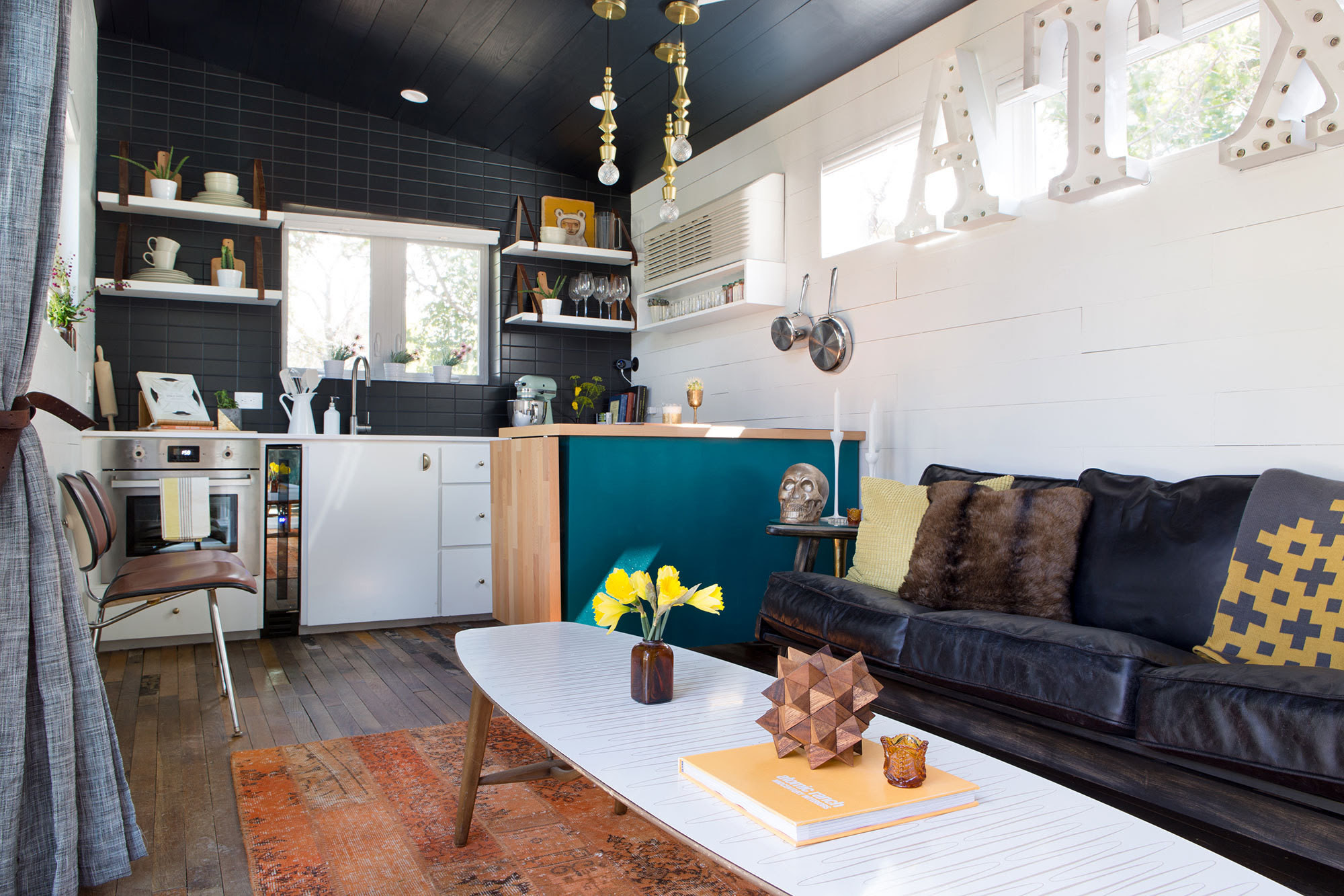 A 400 Square Foot House In Austin Packed With Big Ideas Small