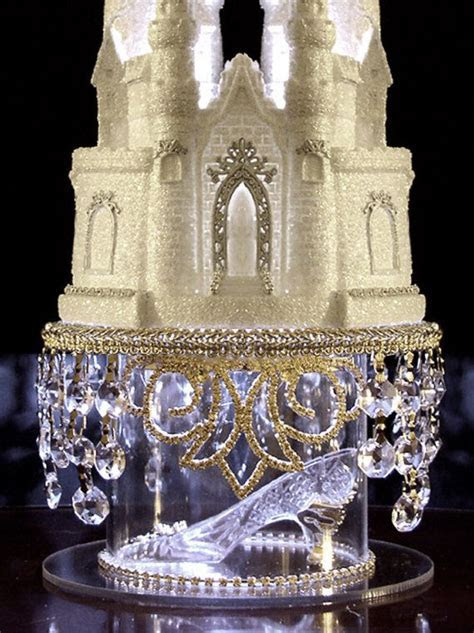 Swarovski Crystal Cinderella Castle Royal por