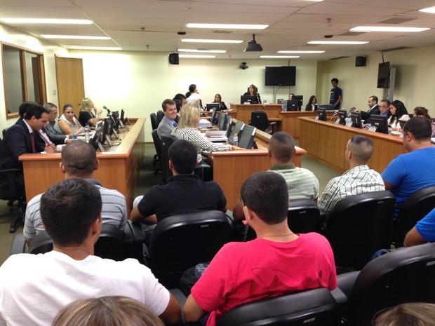 Audiência do caso Amarildo começou às 14h45 (Foto: Káthia Mello / G1)
