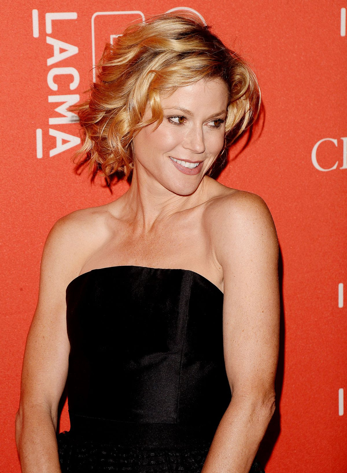 JULIE BOWEN at Lacma