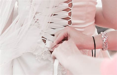 What You Should Know About Alteration at David's Bridal