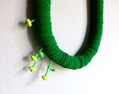 green felt bold chunky necklace with small geometric flowers - contemporary jewelry - pergamondo