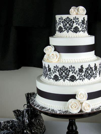 Best 25  Damask wedding cakes ideas on Pinterest