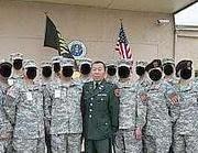 Yupeng Deng con la sua unità fasulla