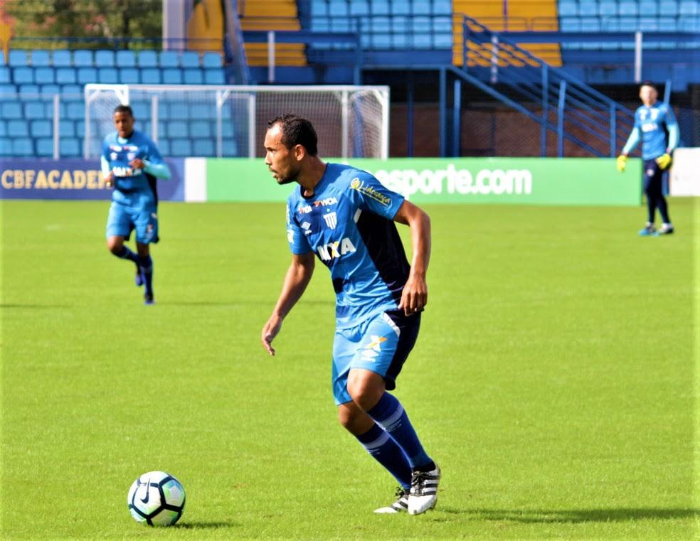 Simião deve ser titular do Avaí diante do São Paulo (Foto: André Palma Ribeiro/Avaí F.C.)